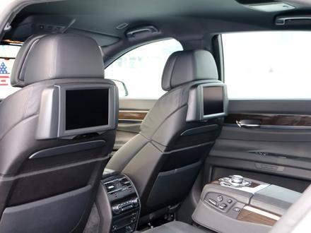 BMW 750 2010 года за 10 000 000 тг. в Алматы – фото 11