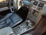 Mercedes-Benz E 320 1998 года за 3 800 000 тг. в Шымкент – фото 2