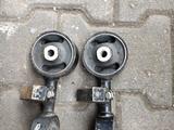Подушка двигателя верхняя (гантель) Тойота камри 30 за 13 436 тг. в Алматы