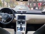 Volkswagen Passat CC 2010 года за 4 500 000 тг. в Шымкент – фото 3