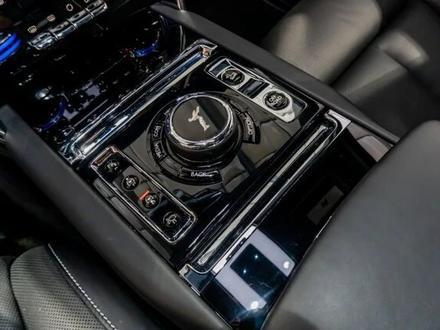 Rolls-Royce Cullinan 2019 года за 199 000 000 тг. в Алматы – фото 21