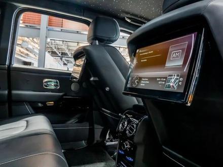 Rolls-Royce Cullinan 2019 года за 199 000 000 тг. в Алматы – фото 28