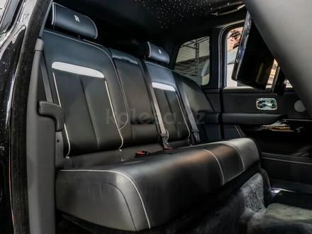 Rolls-Royce Cullinan 2019 года за 199 000 000 тг. в Алматы – фото 33