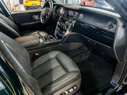 Rolls-Royce Cullinan 2019 года за 199 000 000 тг. в Алматы – фото 34