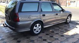 Opel Vectra 2001 года за 2 400 000 тг. в Шымкент