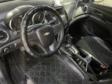 Chevrolet Cruze 2011 года за 3 800 000 тг. в Павлодар – фото 3
