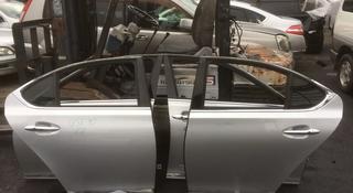 Дверь, замок, ручка, молдинг задняя на Lexus LS460 (короткий), из… за 50 000 тг. в Алматы