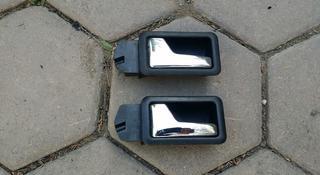 Ручки двери на Ауди 100 с 3 Ауди Б4 80 за 2 000 тг. в Алматы
