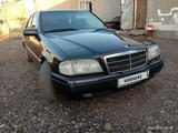 Mercedes-Benz C 180 1997 года за 1 500 000 тг. в Актобе