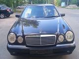 Mercedes-Benz E 320 1997 года за 2 450 000 тг. в Алматы – фото 3