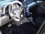 Chevrolet Orlando 2013 года за 4 600 000 тг. в Актау – фото 4