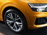 Audi Q8 55 TFSI Quattro 2021 года за 51 867 000 тг. в Алматы – фото 3