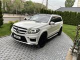 Mercedes-Benz GL 500 2013 года за 18 500 000 тг. в Алматы – фото 2
