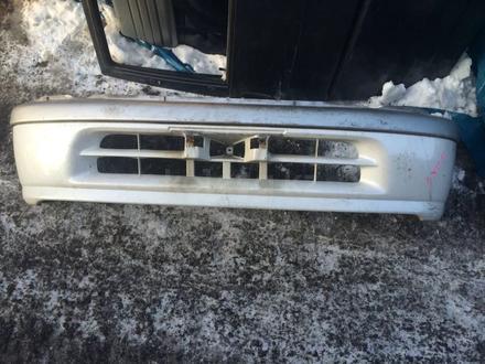Бампер передний на Toyota Raum за 25 000 тг. в Алматы