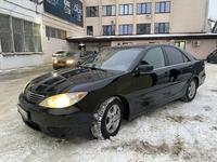 Toyota Camry 2004 года за 3 700 000 тг. в Уральск