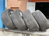 255/55 R18 комплект шин всесезонка за 30 000 тг. в Актобе