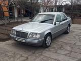 Mercedes-Benz E 200 1994 года за 2 400 000 тг. в Туркестан – фото 3