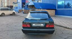 Mercedes-Benz E 200 2000 года за 4 200 000 тг. в Караганда – фото 2