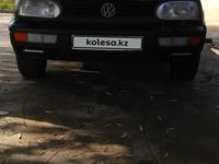 Volkswagen Golf 1994 года за 850 000 тг. в Сарыагаш