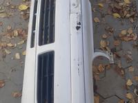 Бампер передний на фольксваген Гольф-4 за 25 000 тг. в Алматы
