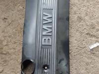 Накладка на мотор БМВ Е34 за 10 000 тг. в Алматы
