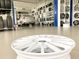 Диски литые Прома RS 4x100 r16# 1 белые спицы за 30 250 тг. в Тольятти – фото 4