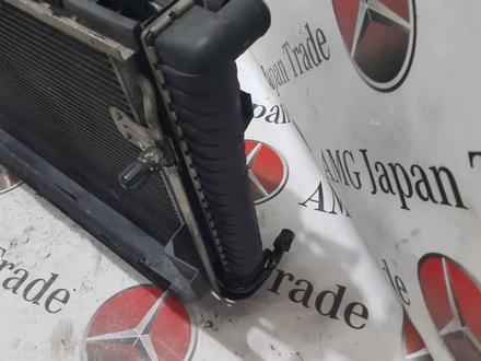 Радиаторы (кассета) + вентилятор Mercedes w208 за 60 783 тг. в Владивосток – фото 10
