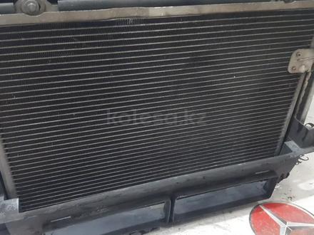 Радиаторы (кассета) + вентилятор Mercedes w208 за 60 783 тг. в Владивосток – фото 7