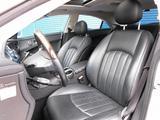 Mercedes-Benz CLS 500 2005 года за 2 110 000 тг. в Владивосток – фото 5