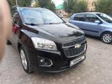Chevrolet Tracker 2015 года за 5 300 000 тг. в Уральск – фото 3