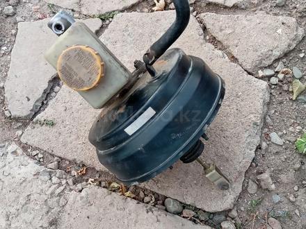 Вакуум тормозной за 13 000 тг. в Алматы