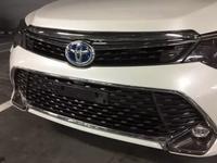 Решетка эксклюзив на Toyota Camry 55 оригинал малазия отличного качества… за 50 000 тг. в Актау