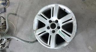 Диск 1 штука оригинал r17 на VW Amarok за 30 000 тг. в Алматы