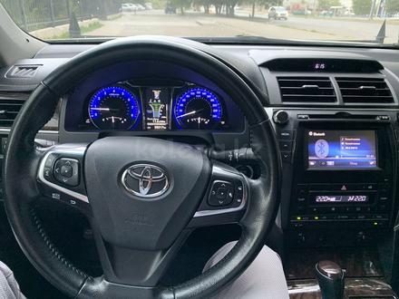 Toyota Camry 2017 года за 10 300 000 тг. в Усть-Каменогорск – фото 3