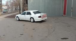 Mercedes-Benz E 220 1994 года за 2 100 000 тг. в Алматы – фото 3