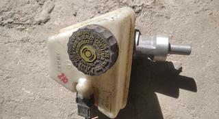 Главный тормозной цилиндр Мерседес Бенц Е210 за 5 000 тг. в Алматы