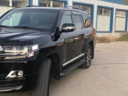 Toyota Land Cruiser 2018 года за 30 000 000 тг. в Атырау