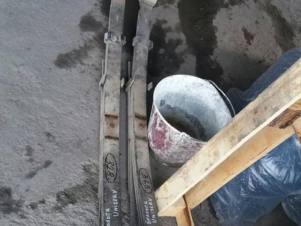Рессоры на Хайлюкс за 60 000 тг. в Алматы