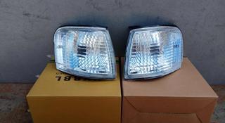 На Тойоту Терцел рестайл поворотник левый и правый хрустальный дубликат за 18 000 тг. в Алматы