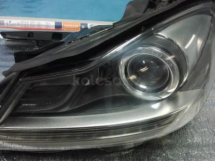 Фара Mercedes-Benz W204 рестайл за 155 000 тг. в Алматы – фото 2