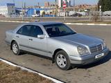 Mercedes-Benz E 200 1996 года за 3 800 000 тг. в Петропавловск – фото 3