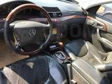 Mercedes-Benz S 500 2001 года за 8 500 000 тг. в Атырау – фото 4