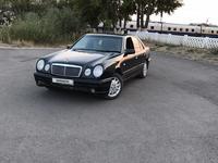 Mercedes-Benz E 200 1996 года за 1 700 000 тг. в Караганда