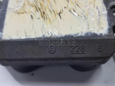 Блок управления зажиганием (коммутатор) w140 за 68 139 тг. в Владивосток – фото 12