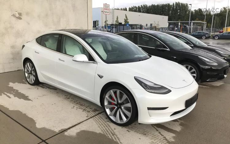 Tesla Model 3 2020 года за 34 500 000 тг. в Алматы