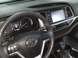 Toyota Highlander 2014 года за 14 300 000 тг. в Петропавловск – фото 4