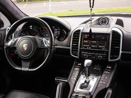 Porsche Cayenne 2012 года за 14 880 000 тг. в Алматы – фото 30