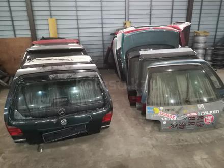 Крышка багажника за 333 333 тг. в Талдыкорган