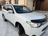Mitsubishi Outlander 2013 года за 7 000 000 тг. в Усть-Каменогорск – фото 3