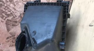 Корпус воздушного фильтра на Audi A4 (B5) 1994-2001 год за 8 000 тг. в Алматы